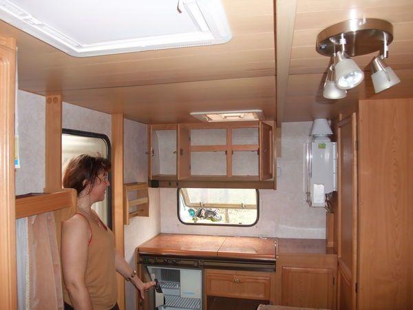 Caravane CARAVELAIR occasion - Classique - 4 places - 2000 - 15 € - Ayguesvives (Haute-Garonne) WV152108209