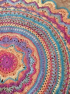 You'll love to make this gorgeous Mandala Rug and it's an easy FREE Pattern.  We've included lots of Free Patterns plus a Crochet Doily Rug for you to try!