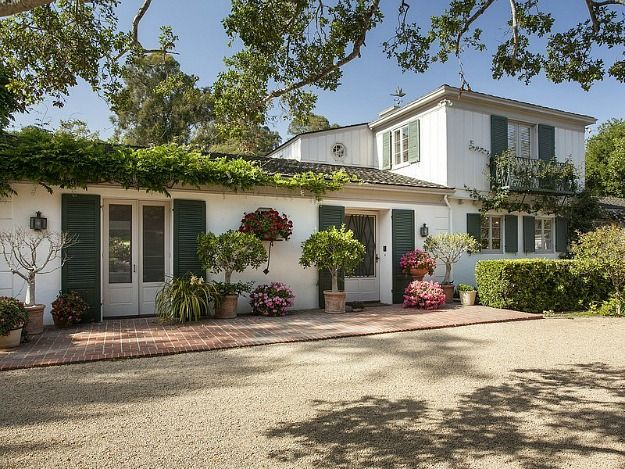 Last summer Drew Barrymore got hitched in the backyard of her Montecito home to art consultant Will Kopelman. Now they're selling the traditional-style estate, which was built in 1937 and sits on 2 acres, for $7.5 million. Take a look!