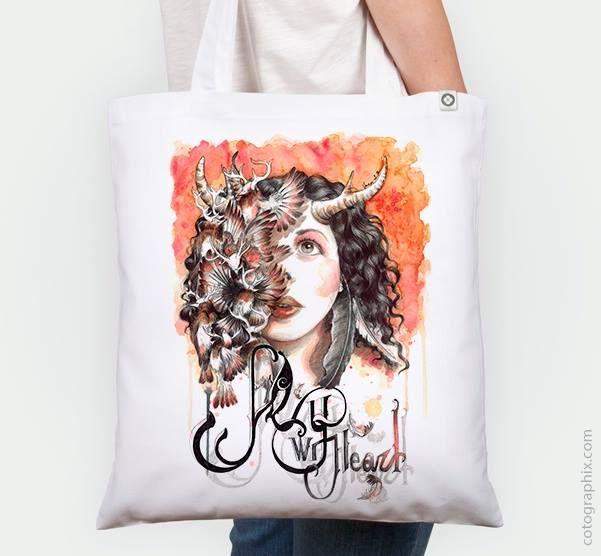 """Ilustración""""Esther"""" de Vanesa Izquierdo en Cotographix en camiseta y bolsa. https://www.cotographix.com/es/tienda/hombre/camiseta/vanesaizquierdo/blanco/esther/"""