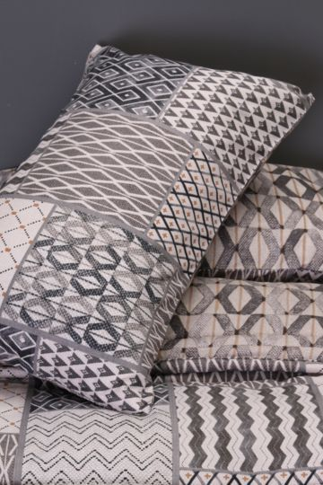 Printed Patchwork Comforter Set