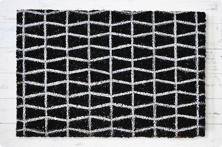 Cool door mat.【楽天市場】玄関マット コイヤーマット 北欧風(ブラック×ホワイト)/天然素材 屋外