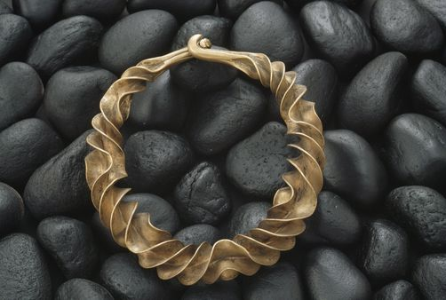 This necklace from 600 B.C. was found in a Danish bog. Wow !!!!!