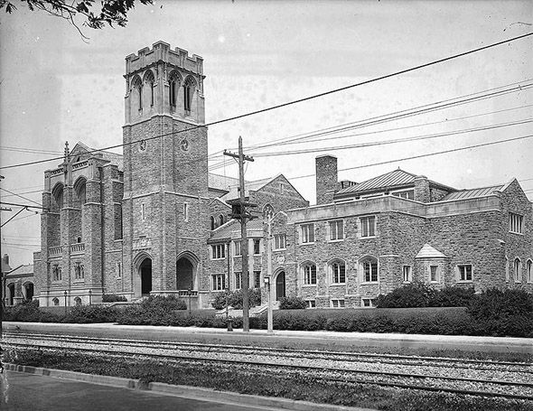Timothy Eaton Memorial Church on St. Clair Avenue West 1914