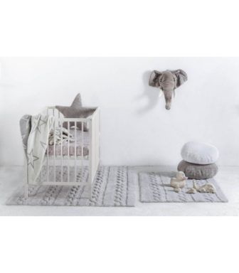 @lorenacanals 100% Cotton Machine Washable Rugs provide the perfect stylish accent for a newborn's nursery or child's room. Lauded by celebrities and designers around the globe, our gorgeous rugs provide unmatched softness for your newborn or child to play or sleep on.