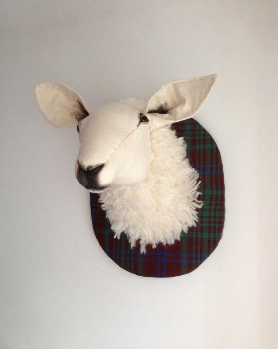 Escultura en fibra ovejas taxidermia por charactersbyjulia en Etsy, $395.00