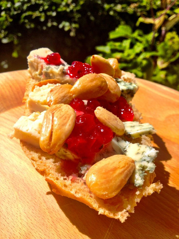 #Homemadebread #bluecheese #redcurrant #roastedalmond #sunshine - whats not to like?