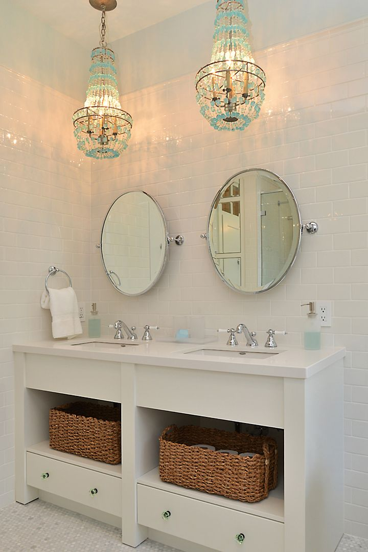 coastal bathroom with turquoise chandeliers