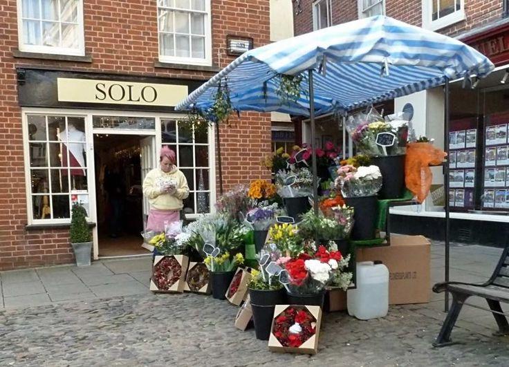Ludlow Christmas Market, Flowers