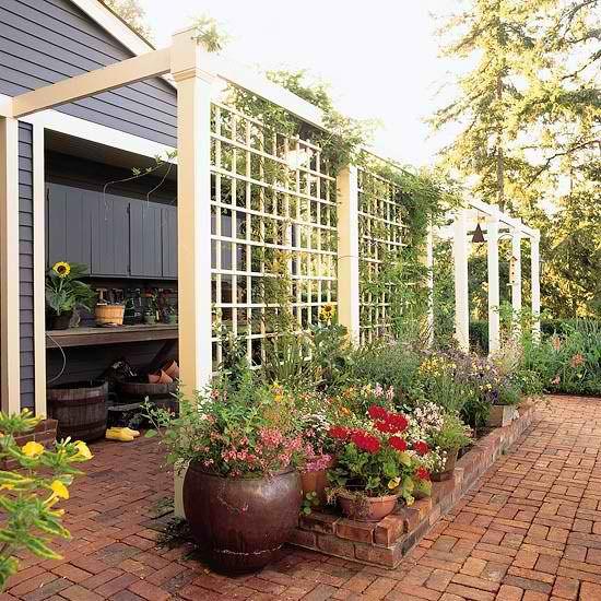 Diy outdoor privacy screen ideas outdoor garden privacy for Outdoor privacy screens for backyards