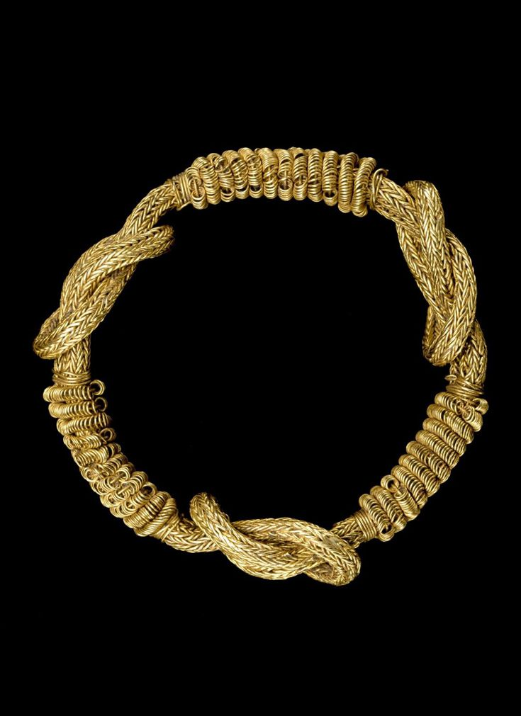 Africa | Bracelet from the Akan people | Gold | ca. 1930   || {GPA}