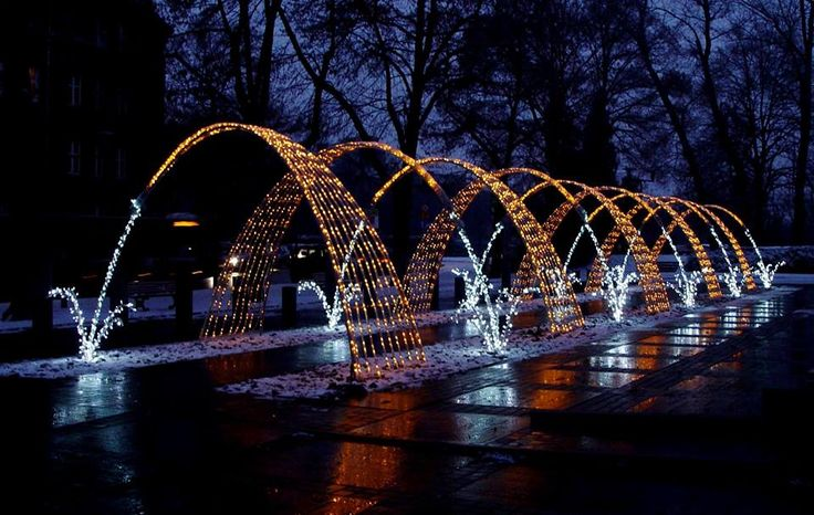 Świetlna fontanna na Placu Piłsudskiego #Gliwice #christmas #lights