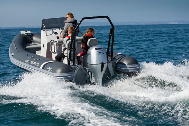 The Highfield Ocean Master 590 aluminium RIB has many set up options available so you can have your perfect custom RIB ideally suited to you and your family.