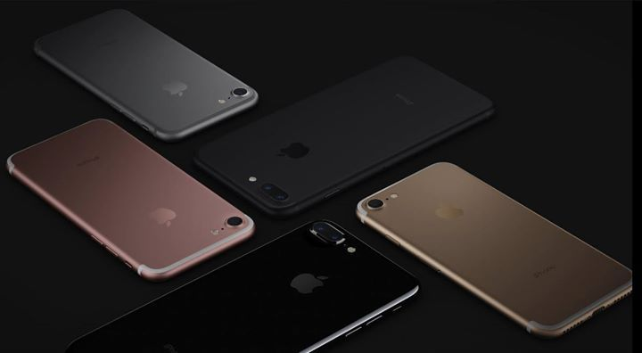 iPhone 7 & 7 Plus Released! Everything You Need To Know At an event in San Francisco on 7 September Apple has unveiled its new flagship iPhones, the iPhone 7 and the iPhone 7 Plus with dual cameras, new design features and tons of power. Here's everything you need to know about the iPhone 7 Plus, including iPhone 7 Plus release date, iPhone 7 Plus features, iPhone 7 Plus specs and iPhone 7 Plus price  https://youtu.be/v2o4E8qODHg #DigitalGuruShop