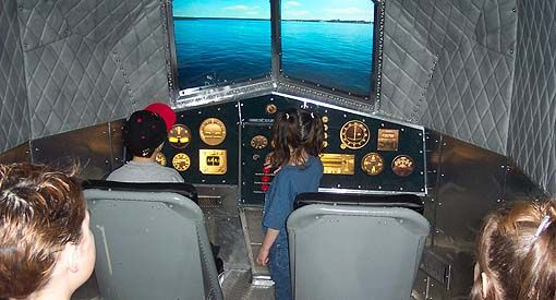 Flight Simulator -  Feel the thrill of the engines starting, the plane lifting from the ground and the nail-biting landings, all from the comfortable 5-seat cockpit.