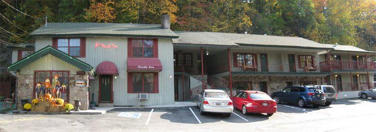 Downtown Gatlinburg Motel - Close yet Quiet Gatlinburg Motel!