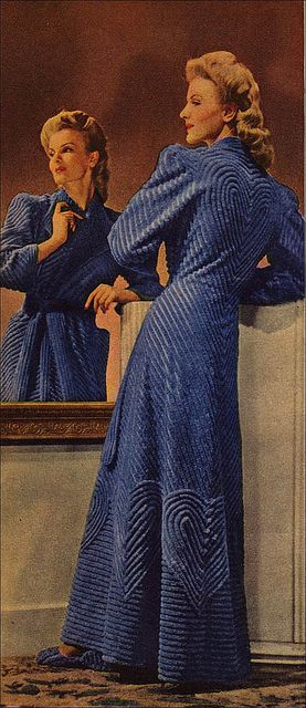 the 1940s-1944 robe by april-mo, via Flickr = my mom used to wear a robe like this. different color