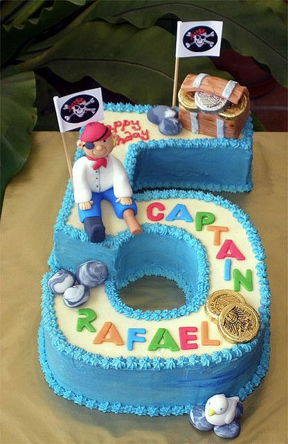 Pirate no.5 Cake