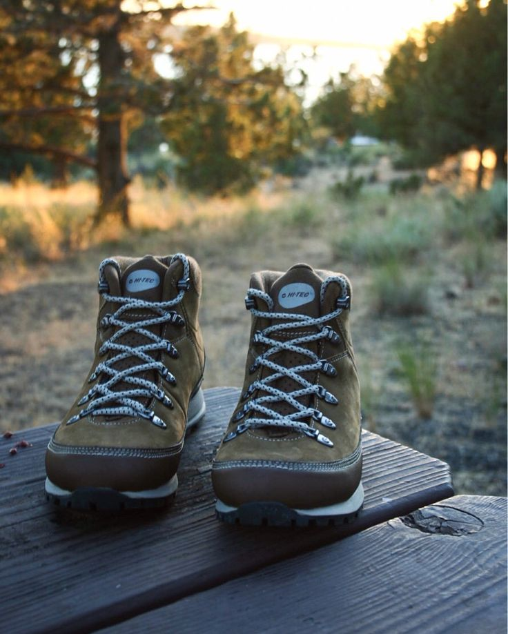Summer adventures outdoors in my Hi-Tec hiking boots. Cute and affordable women's hiking shoes ❤️