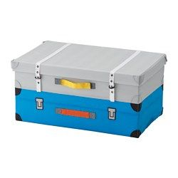 A trunk for toys that looks like a suitcase – perfect for everything needed when it's time to go on an adventure at home. The practical handle makes the trunk easy to take out and put away, even for small children. It's also easy to open and close since the lid attaches with touch-and-close fastening. Easy to label with a name or contents since the trunk has a label holder sewn on the lid. Press together to save space when not in use.