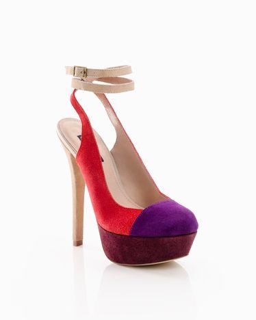 Danielle // great colour combo #red #purple #burgundy #designinspiration