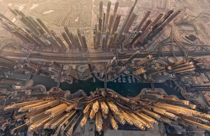 • Spectacular Images That Will Make You Feel Tiny In This Crazy World