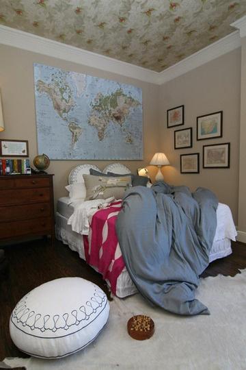 maps maps..boys room