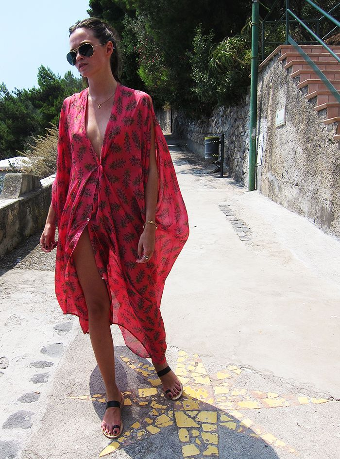 Columbine Smille in Rodebjer kaftan