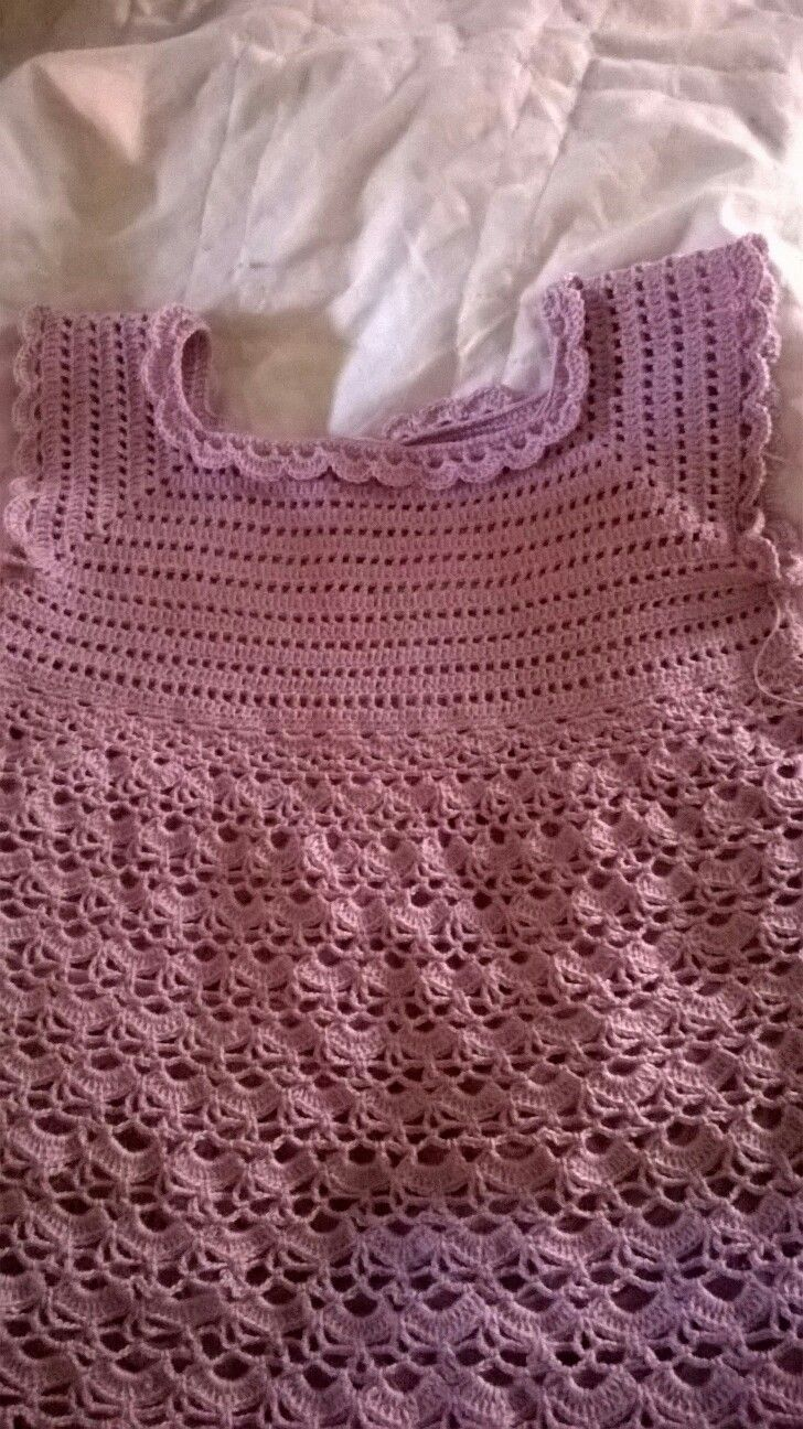 Tytön mekko,1.5 koukku,Novita virkkauslanka