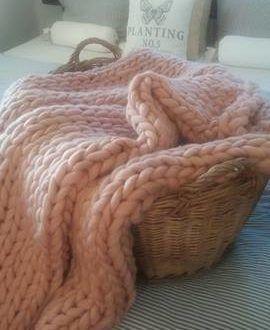 Plédy z ovčí vlny Merino - rozhovor s p. Jiřinou Bajajovou | Elegantní bydlení
