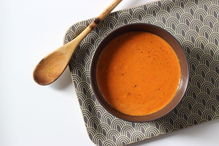 Soupe tomate et lait de coco façon thaï