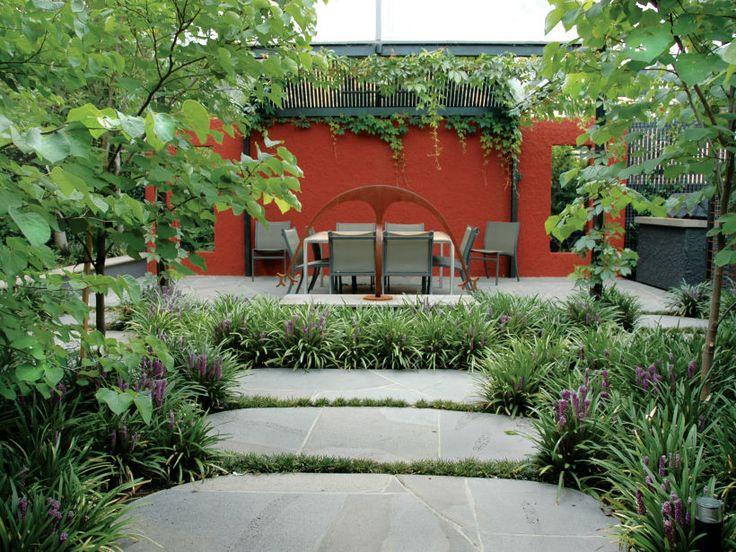 Eco Outdoor bluestone crazy paving courtyard