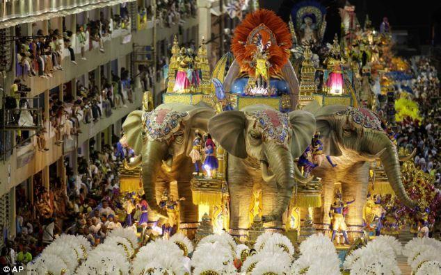 mardi gras Rio | ... during the carnival parade in Rio de Janeiro, Brazil, earlier today