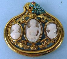 Antique Cameo And Turquoise Brooch Set In Gold