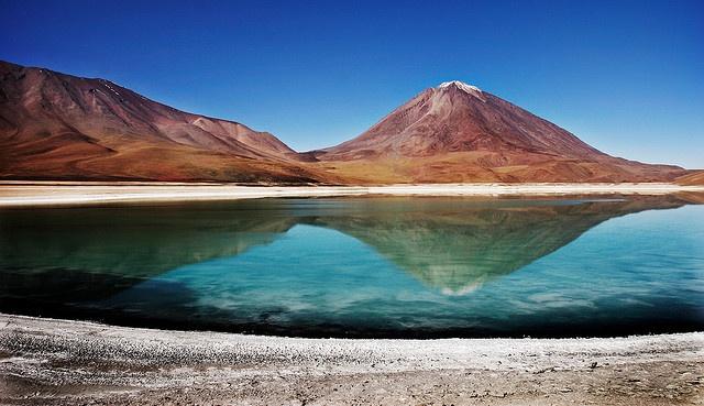 Laguna Verde, Bolivia (by Ola Jacobsen, via Flickr)