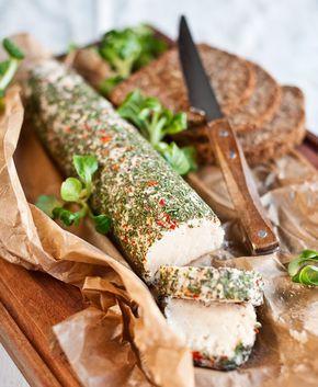 Díky základu z fazolí je celerová paštika pěkně sytá; Greta Blumajerová