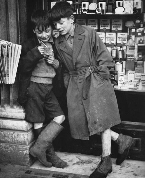"""Paperboys outside Clery's, O'Connell Street, c.1950's - Dublin - """"Herald or Press, Press or the Herald"""""""