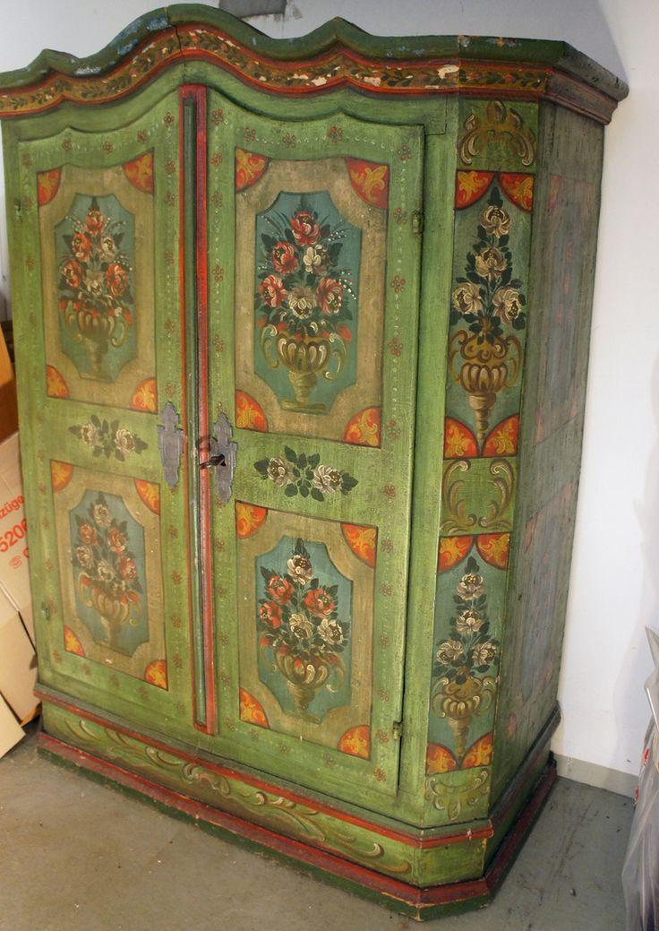 Handpainted farmhouse wardrobe from Germany,  1780- Original Bauernschrank von 1780 Dielenschrank Gewandschrank bemalt 186x65x143 cm in Kleiderschränke | eBay