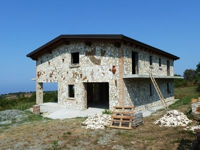 6 bedroom bed and breakfast / restaurant in Falerna, Calabria, Italy - €220000