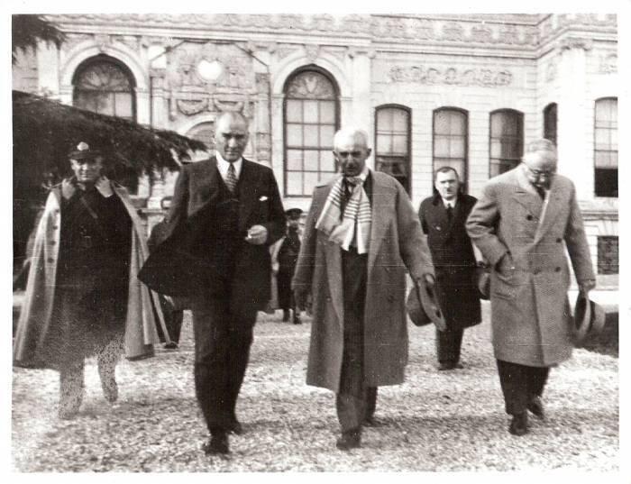 GÜNÜNÜZ ÇOK GÜZEL OLSUN;) Atatürk'çüler Birleşiyor ┳━┓┏┓┳╱┳╱┏┓┳╱┳ ┣┫╱┃┃┃╱┃╱┃┃┃┳┃ ┻╱╱┗┛┻┛┻┛┗┛┗┻┛ @colakrengin