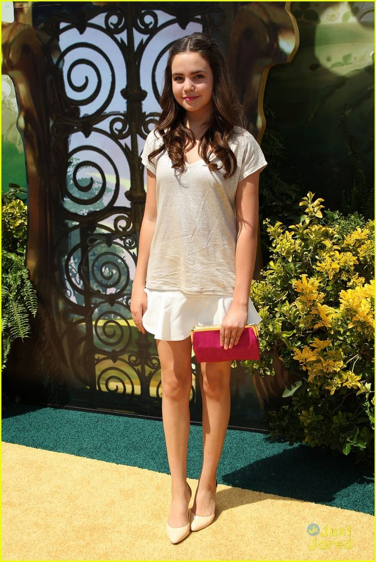 "Bailee Madison in Kelly's Kids (2014 L.A. premiere of ""Legends Of Oz: Dorothy's Return"")"