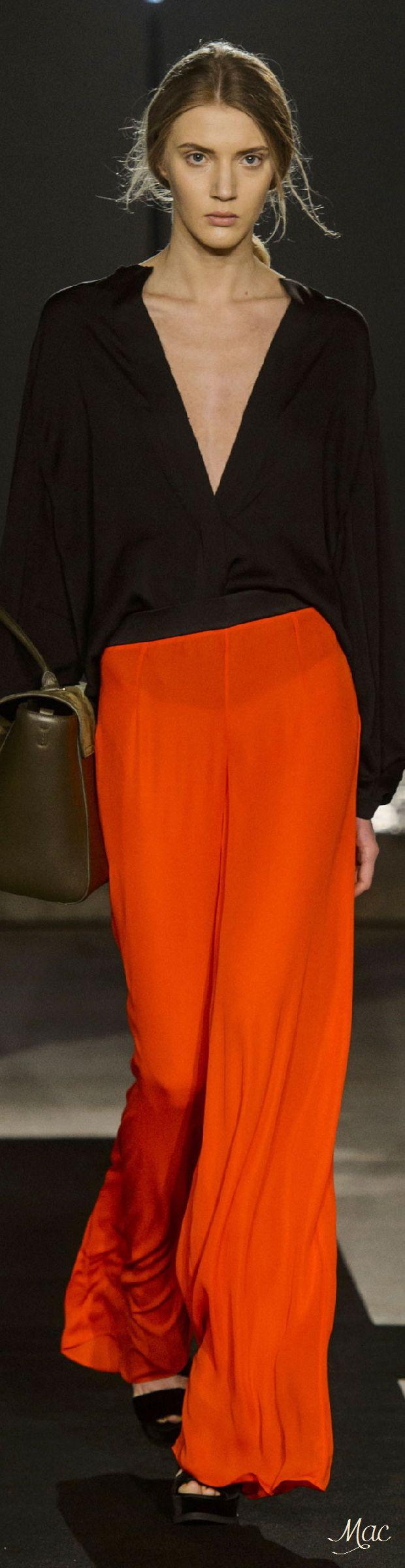 Fall 2016 Ready-to-Wear Amanda Wakeley