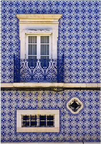 Portugal - portuguese tiles: azulejos, all of this blue and white makes me happy!