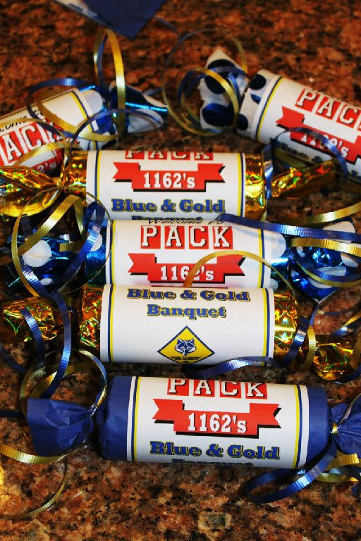 Akela's Council Cub Scout Leader Training: Cub Scout Blue & Gold PRINTABLE toilet paper roll table decoration with candy