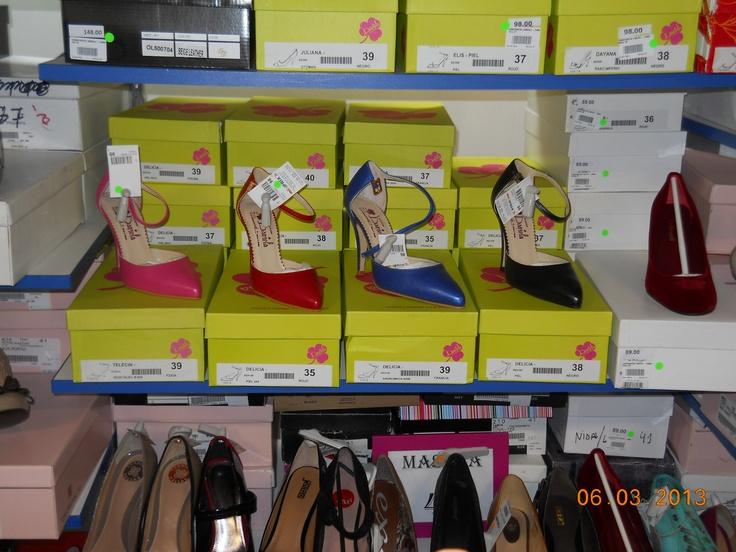 Cei mai frumoşi pantofi îi găseşti la miniPrix Otopeni!