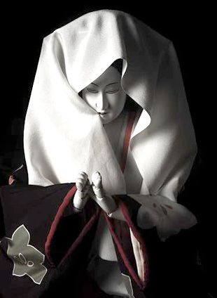 "! Contemporary artists, Hiroshi Sugimoto is playing a Bunraku ""Sonezaki Shinju"" New life dwells in classic Kanagawa Arts Theatre |. Dacapo (D. .."