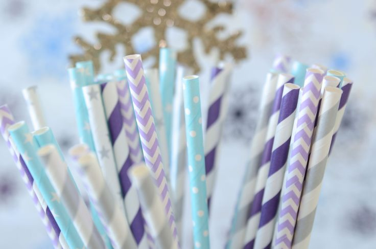 Frozen party, party girls, paper straw