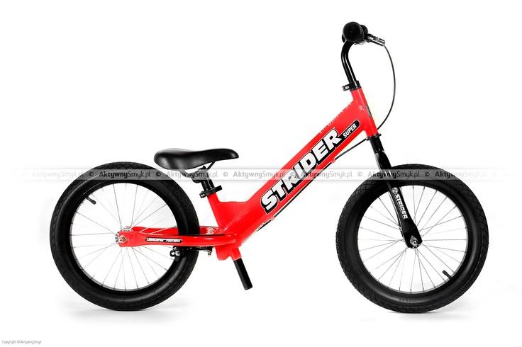 Czerwony rowerek biegowy Super Strider SS-1 posiada regulację siodełka od 45 cm, regulowaną na wysokość kierownicę bez blokady kąta skrętu, szprychowe koła z pompowanymi oponami 16 cali o płytkim bieżniku, zacisk siodełka z szybkozamykaczem do wygodnej regulacji oraz duże antypoślizgowe naklejki na tylnym widelcu podtrzymujące zmęczone stopy rowerowego biegacza. Super Strider waży ok. 6,8 kg. http://www.aktywnysmyk.pl/160-rowerki-biegowe-super-strider