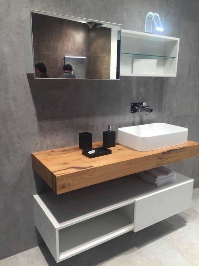 plan-travail-salle-bain-bois-meuble-blanc-au-dessous-miroir-éclairage