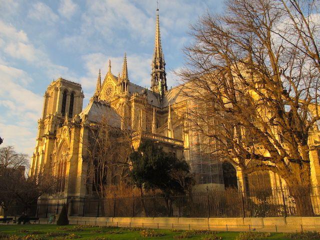 Notre Dame de Paris no inverno
